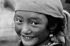 02b-Lhasa-nomad-girls