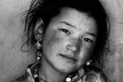 05a-Samye-pilgrim-girl