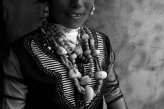 06a-Labrang-nomad-girl